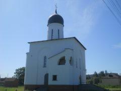 Храм боковой фасад колокольня