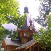 Храм Тихвинской иконы Божией Матери в посёлке Красносельское